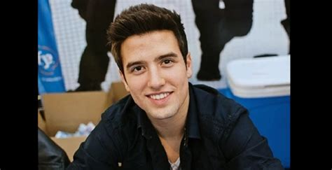 Logan Henderson Biography - Facts, Childhood, Family