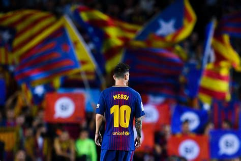 Lionel Messi confirmed as Barcelona captain for 2018/19 season